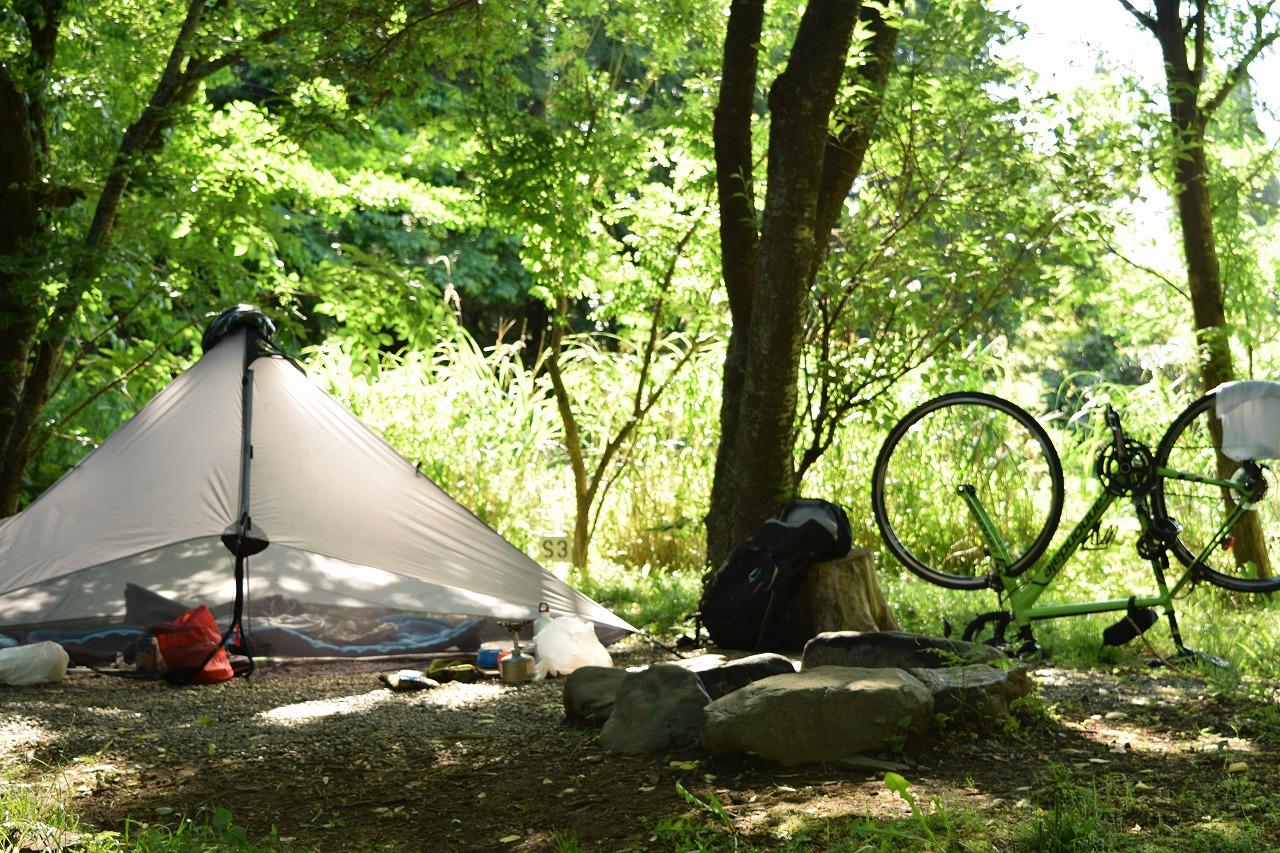 ロードバイクを輪行してソロキャンプオフ会に参加!